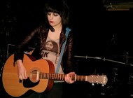 Live Review: Louise Distras, Foreman's Bar (16/02/14)